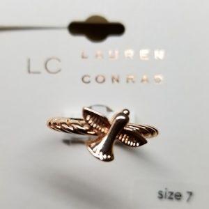 NWT fashion bird ring